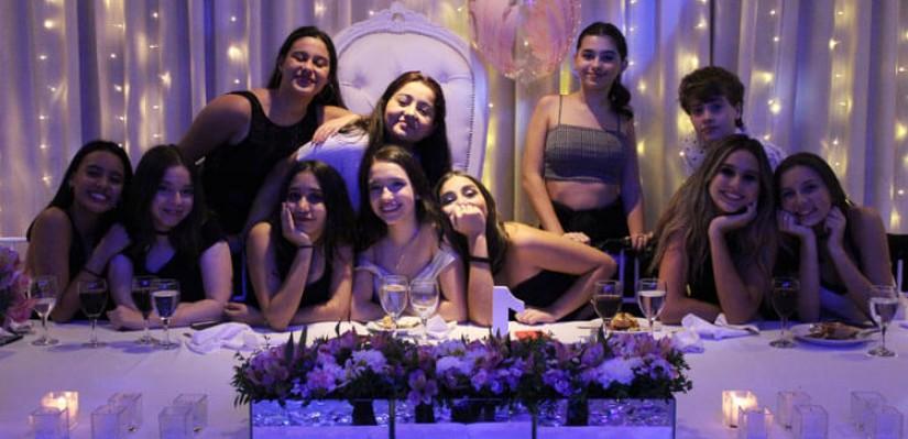 La Fiesta De 15 De Viole Narvay Revista Tweens