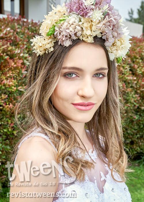 Corona de flores naturales colores pastel