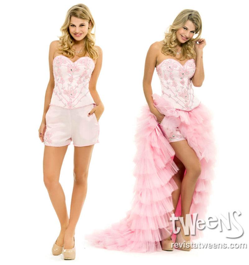 dcaf64037 Vestido de 15 con falda semi transparente con mini short.