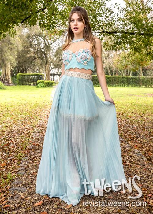 28eaf4ab3 Vestido de 15 celeste con crop top y falda desmontable - Pequeñas ...
