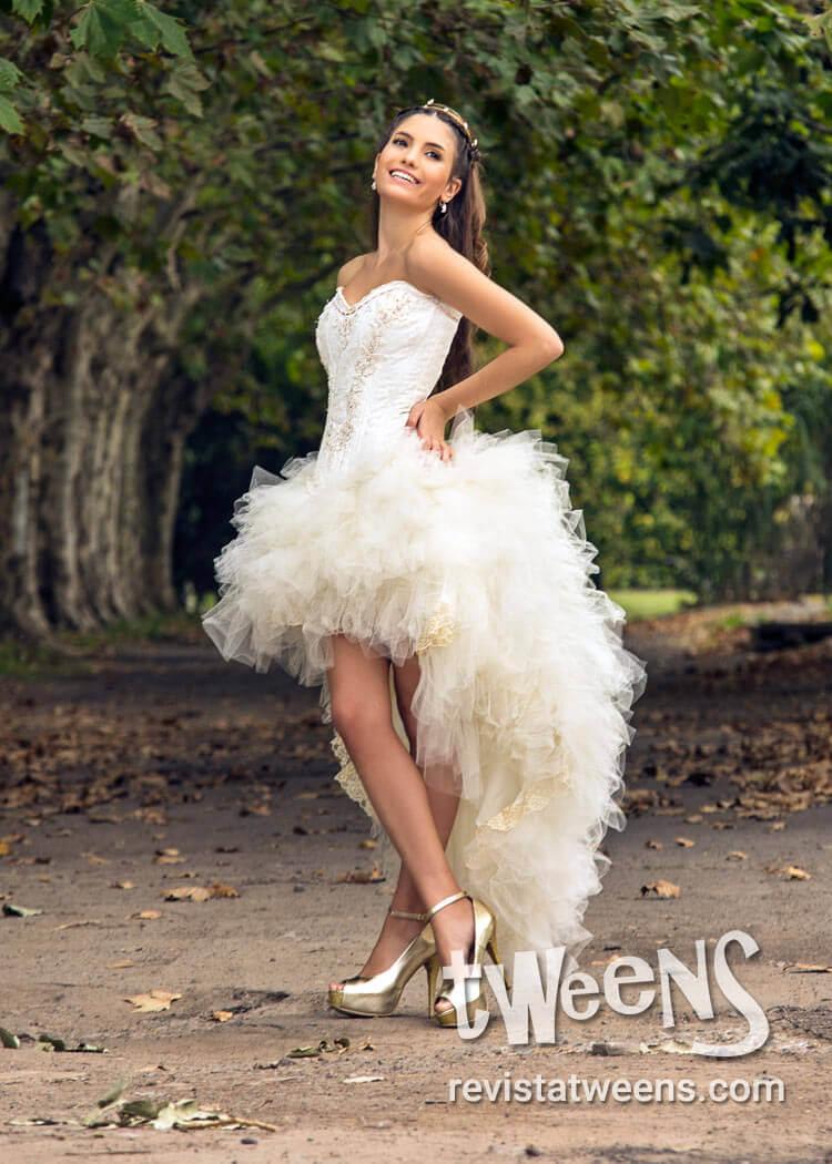 compre los más vendidos compra original variedad de diseños y colores Vestido de 15 años blanco corto adelante y largo atrás ...