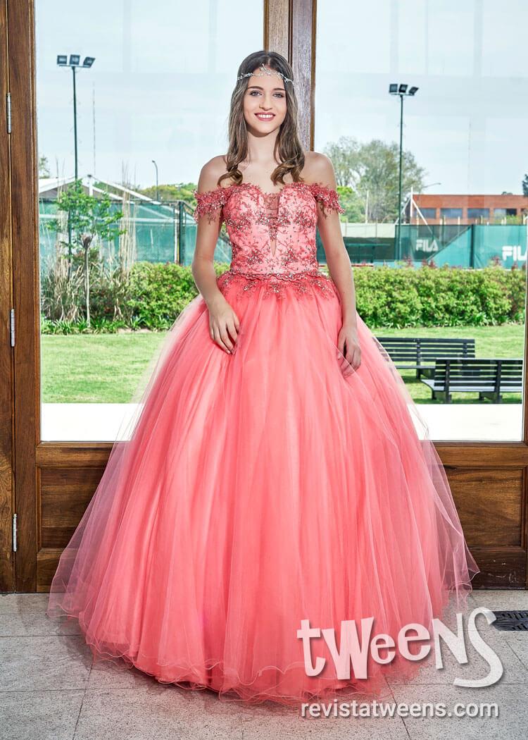 Hermoso Vestido De 15 Coral Melania Rios Alta Costura