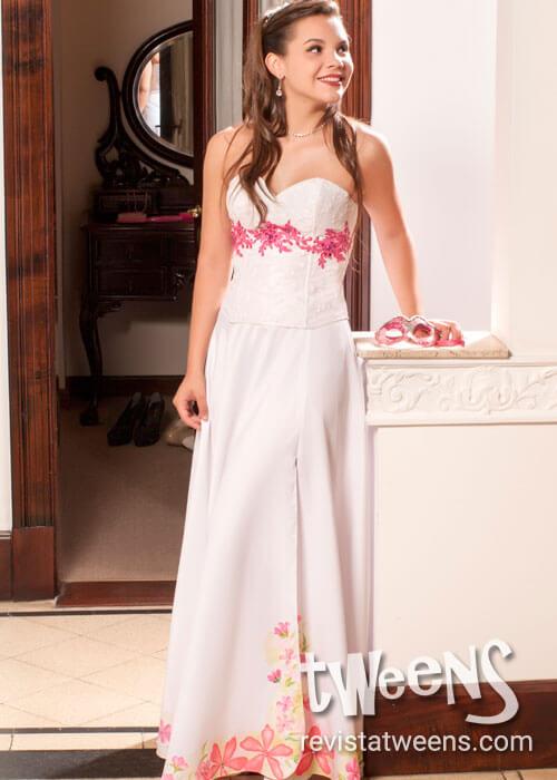 Vestido de 15 años blanco con fucsia pintado a mano