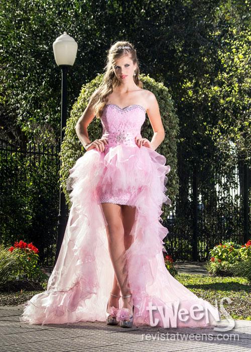 a9c2abac4 Hermoso y romántico vestido de 15 años corto adelante y largo atrás ...